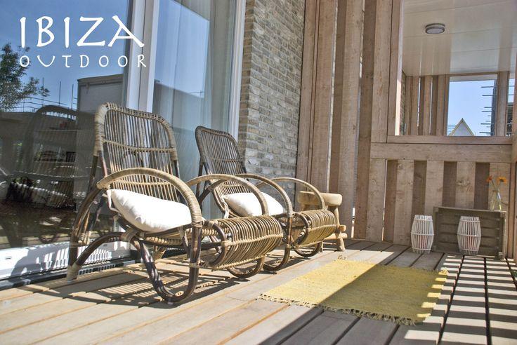 Heb weer een aantal rotan stoelen op voorraad deze gister geleverd aan een mooi huis in - Woonkamer rotan voor veranda ...