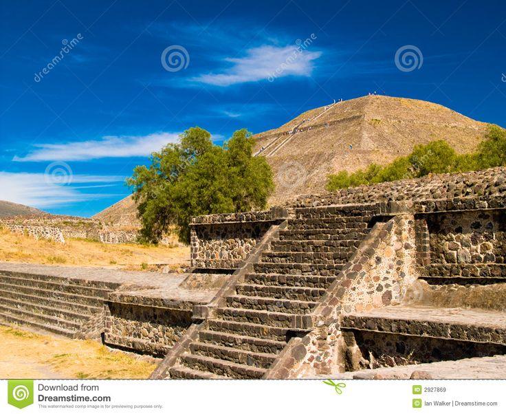 teotihuacanpyramids2927869 Teotihuacan, Teotihuacan