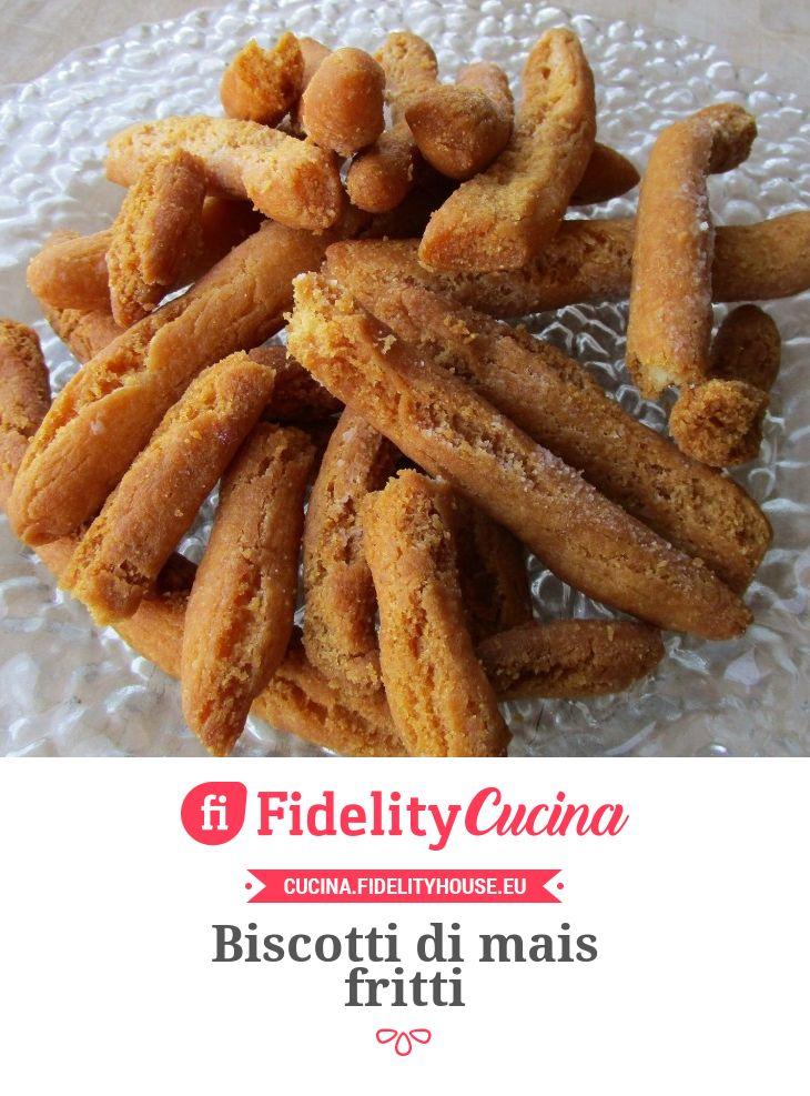 Biscotti di mais fritti