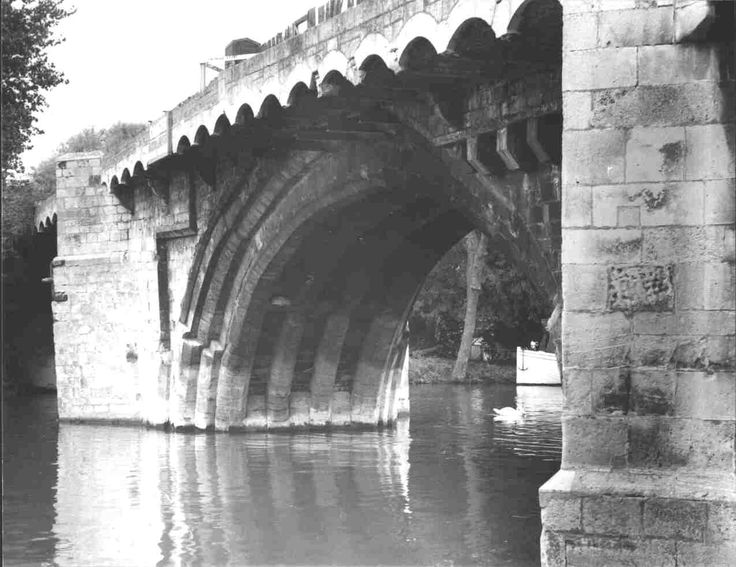 A view of St Neots Town Bridge before its demolition in 1964.