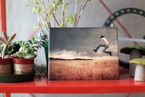 ImageSnap is a brand new way to display your Instagram and digital photos – on a standard ceramic tile. You upload your photos to their site, choose the size of tile you want, the finish (matte or glossy), and they custom-print your image onto industry standard ceramic tiles.
