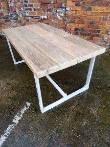 Tavolo in legno da soggiorno in massello di castagno