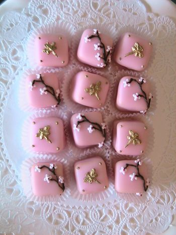 Let's bring back petits fours into fashion :)