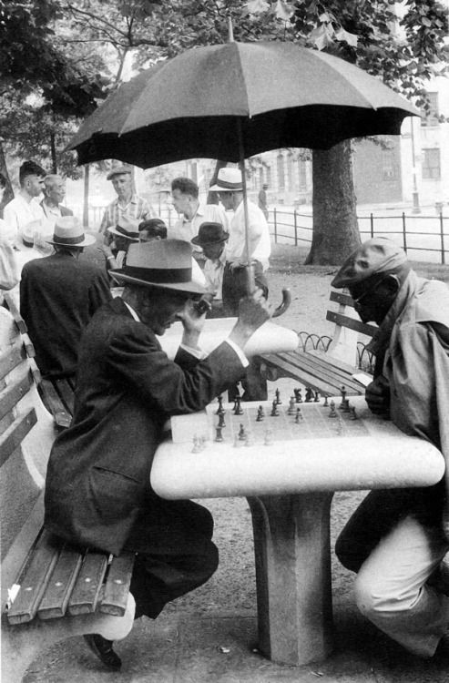 Molly Malone Cook :: Chess players, Washington Square, New York City, late 1950's