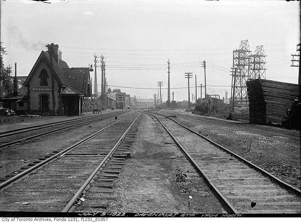 Davenport Train Station Toronto (Caledonia between Davenport and St. Clair) 1923