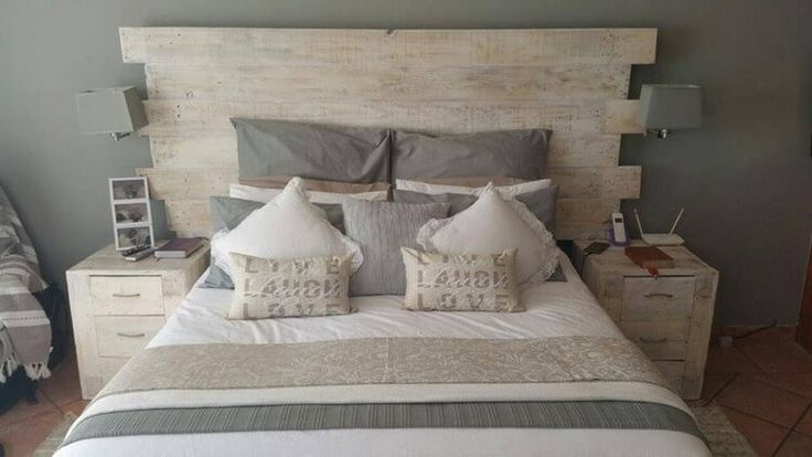 Recycled Pallet Headboard with Side Tables