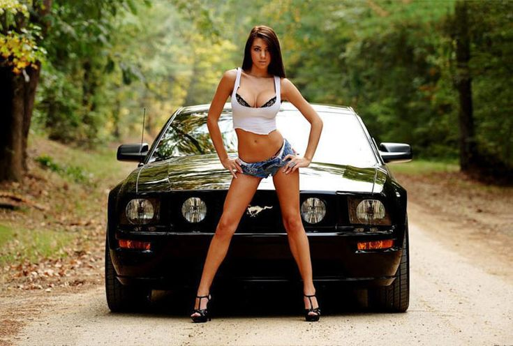 Mustang Girl - New Muscle Cars