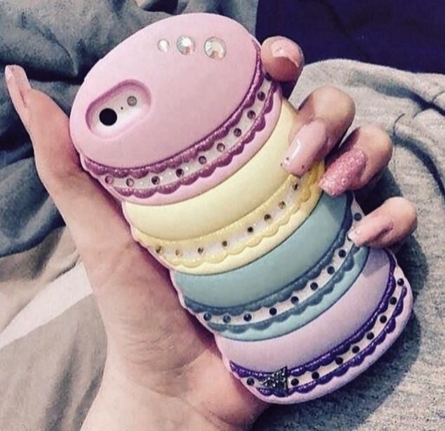 Macaroon phone case?? Um... yes, please!!