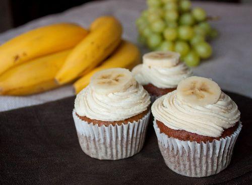 Банановые капкейки