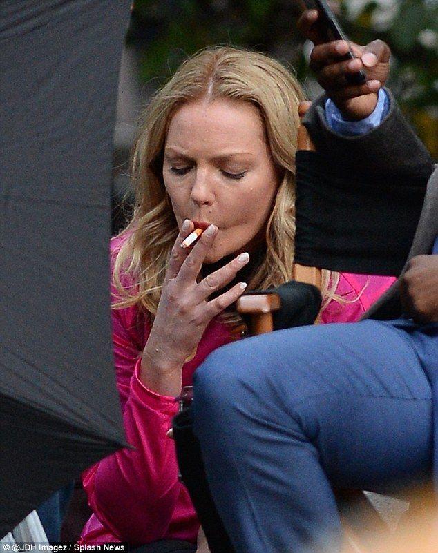 Katherine Heigl Takes Cigarette Break On The Set Of Her