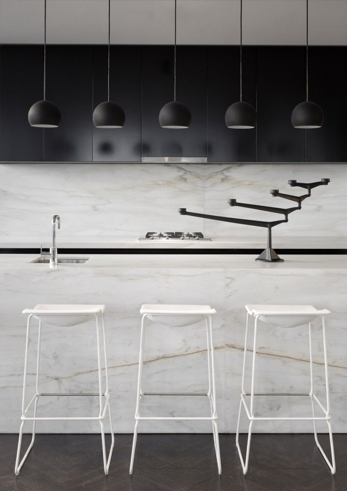black + white kitchen