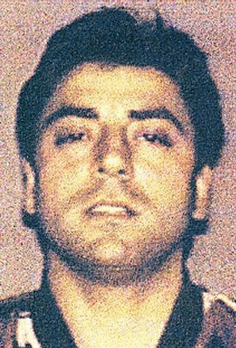 "Mob alert: Business Insider is reporting that Francesco ""Frank Boy"" Cali was offered the job to be ""Godfather"" for the Gambino crime family, but didn't want the headache of being the boss of all bosses.  Sources maintain that while Cali will continue to serve as an underboss, the Gambino family is possibly looking to the leader of a Connecticut crew to fill the top spot.  - See more at: http://www.bensonhurstbean.com/2013/07/mafia-alerts-media-to-inner-workings/#sthash.0XCvEGgS.dpuf"