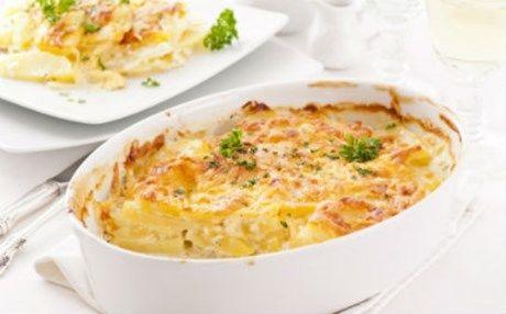 Λαχταριστές πατάτες στο φούρνο με ανάμικτα τυριά και γάλα