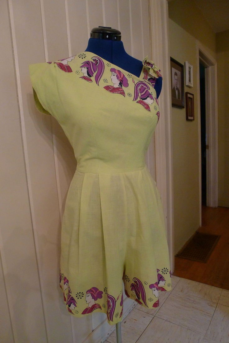 Bring on the GLADIATOR GAMES--Amazing Asymmetrical 1950s Playsuit Romper Sunsuit with Romans--S.