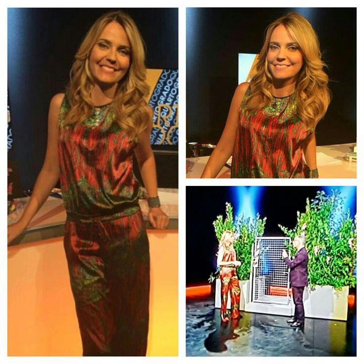 La giornalista e conduttrice Alessandra Viero vestita Mauro Franchi per la ripresa della stagione di Quarto Grado, su Rete Quattro.