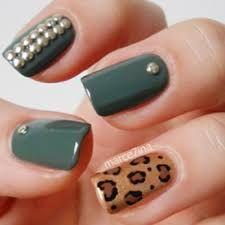 Resultado de imagen para decoracion de uñas con taches