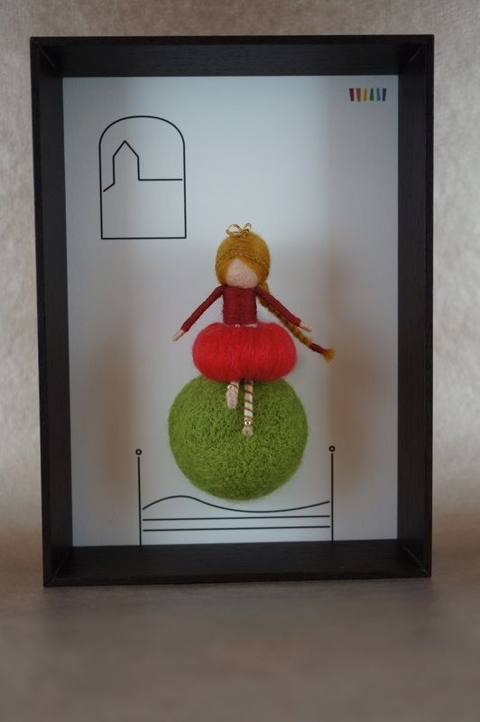 Needle felted figurines, fairies, in 3D frame - THE PRINCESS AND THE PEA