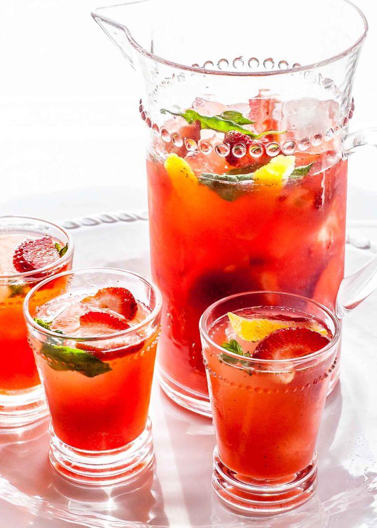 Sparkling strawberry sangria recipe
