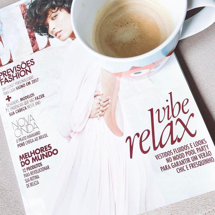 Bom dia sexta sua linda 😍 Café + leitura para começar bem o dia!!! ☀️✌🏼