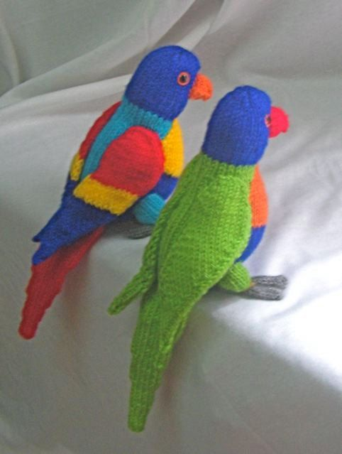 toy parrot with pirate accessories knitting pattern