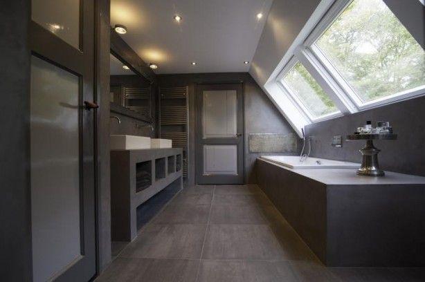 Landelijke badkamer met Beton Cire look.