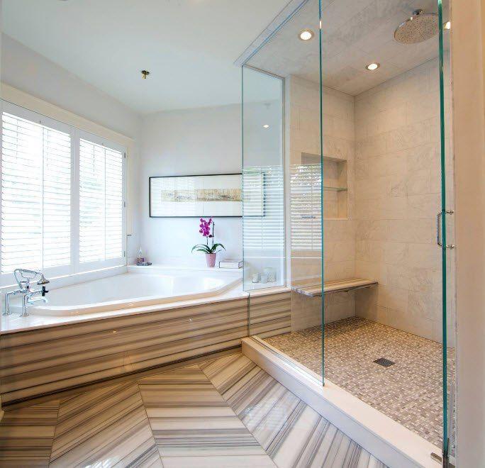 Предлагаем вам просмотреть интересное сантехническое устройство, как угловая ванная. Если вы собрались делать ремонт или думаете заменить старую модель ванной на новую, непременно обратите свое внимание на угловую ванну. При маленьких размерах комнаты она сэкономит место и отлично впишется в ваш интерьер.   #строители #поиск_строителей_украины