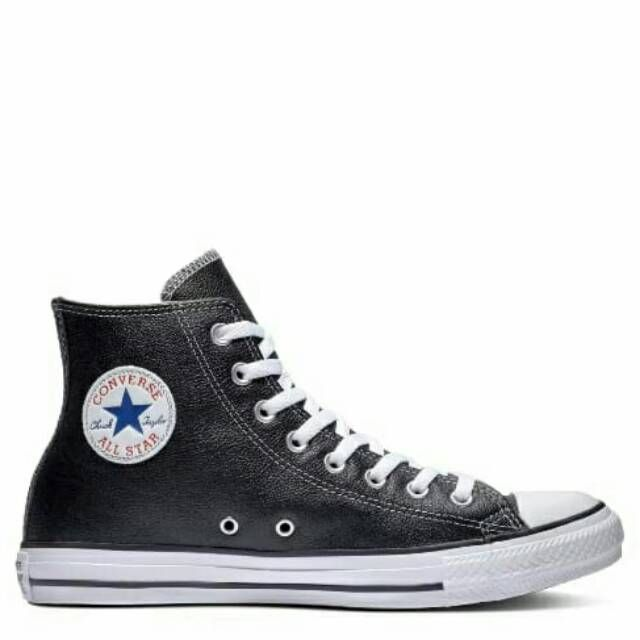 All Star Converse Leather Black in 2020