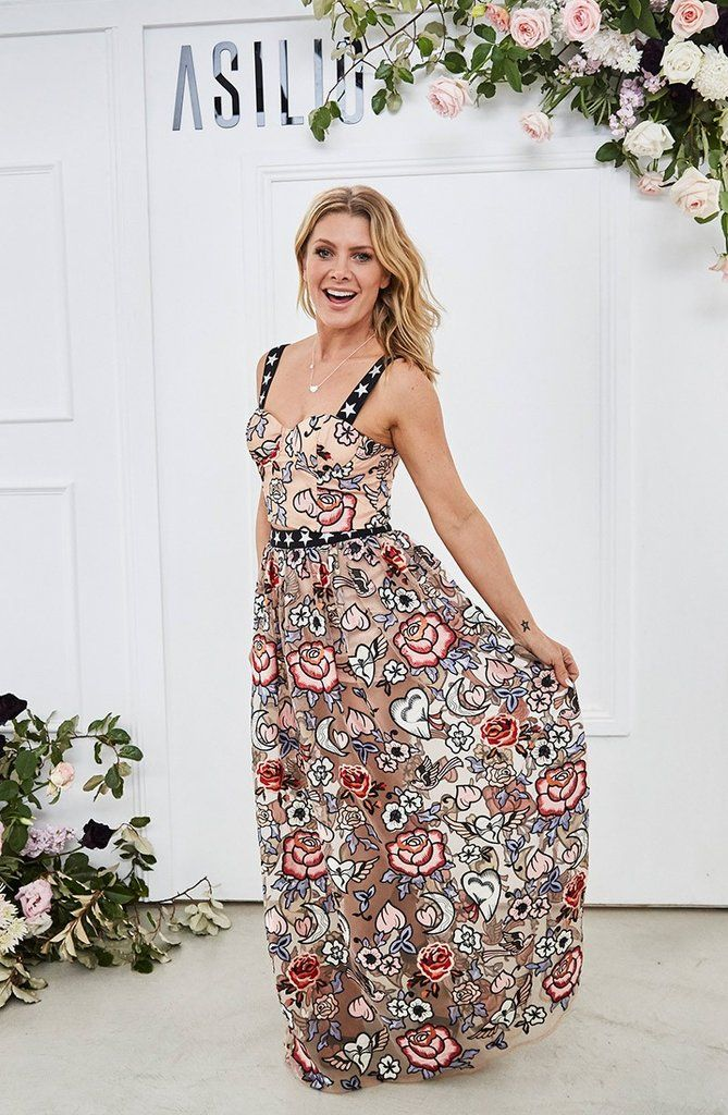 DESIGNER DRESS HIRE AUSTRALIA  Take over the show in the Valerie Dress by ALEX PERRY! RRP: $1800 - & yours to rent for only a fraction of the cost! What's not to love? #dresshire #designerwear