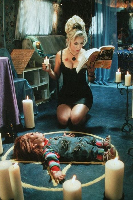 Jennifer Tilly as human Tiffany and voice of doll Tiffany in Child's Play 4: Bride of Chucky 1998 American comedy horror film.