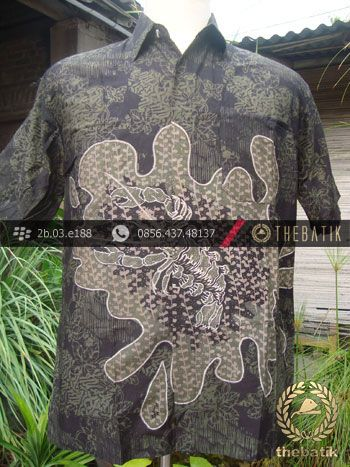 Kemeja Batik Seragam Motif Udang Hijau Latar Hitam | #Indonesia Men Women #Batik Tops Shirt #Clothing http://thebatik.co.id/baju-batik/