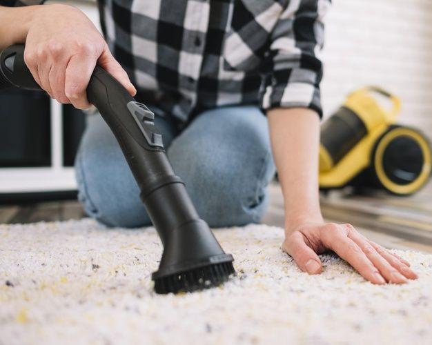 4 Secret Carpet Cleaning Tips A Quick Guide In 2020 Commercial Carpet Cleaning How To Clean Carpet Commercial Carpet