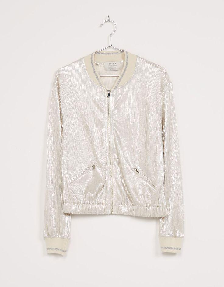 Silver pleated bomber jacket - Woman - Bershka Czech Republic