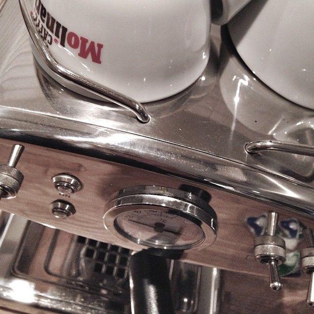 Kaffe?? Denna fick vi i bröllopspresent, #francisfrancis #espresso #kaffemaskin   #ladylost #ladylosthome