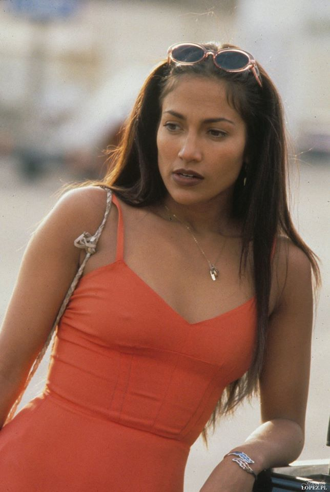U-TURN, Jennifer Lopez, 1997