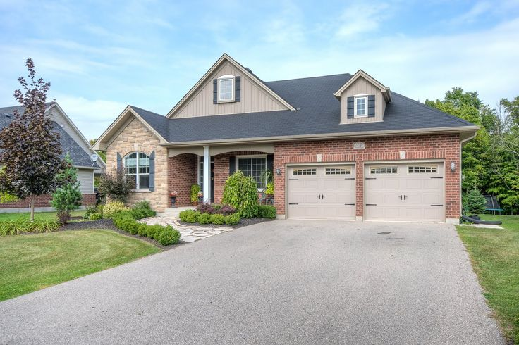 7 Year Old, 3 #Bedroom, 2.5 #Bathroom, #Ranch on a 75x225' #Creek Lot in New Sarum!  - $374,900 - www.LondonOntarioRealEstate.com -   #RealEstate #ForSale near #London by #Realtor