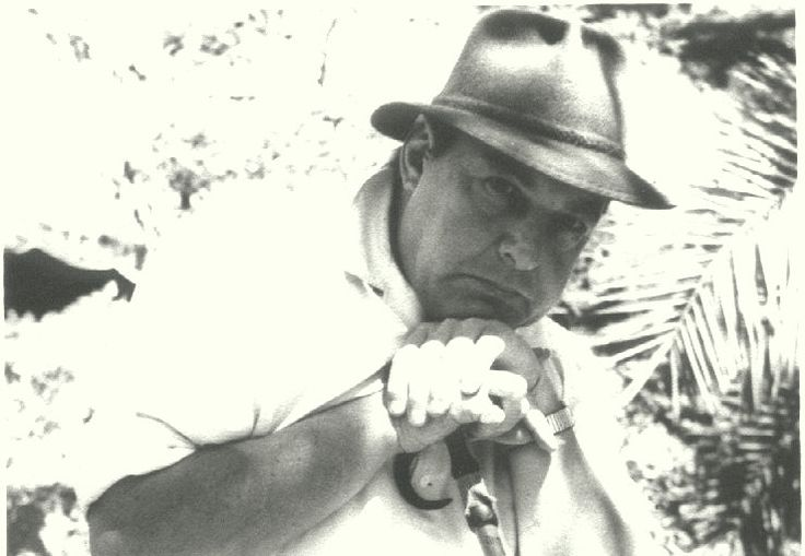 1944: After the Second World War, Benjamin Ginsberg's son, Henry Charles Ginsberg, became known not only for his contribution to domesticating Rooibos, but also for his pivotal role in popularising it. Under his guidance, Rooibos was transformed from a niche item sold only in country stores to a modern day consumer product with a vast national following.