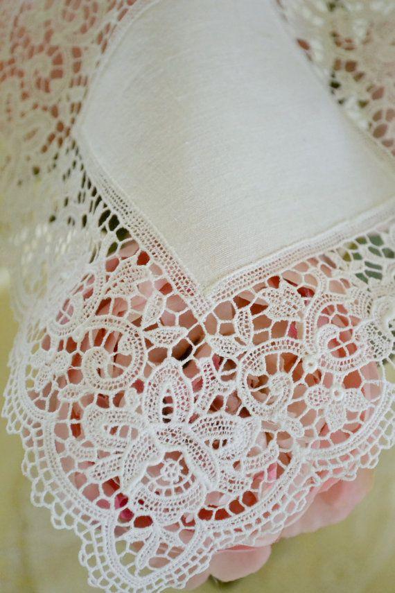 Beautiful Vintage White Lace Handkerchief by Jenneliserose on Etsy