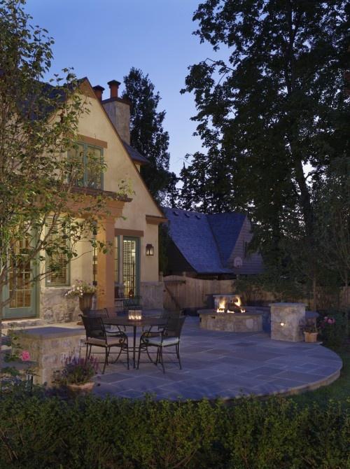 pretty patio & exterior
