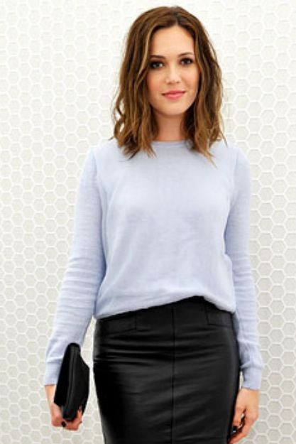 Mandy Moore cut and hair color