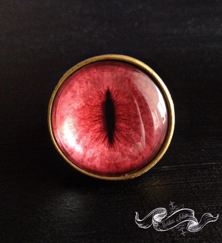 Dragon eye bubble glass ring from Mordias Solum