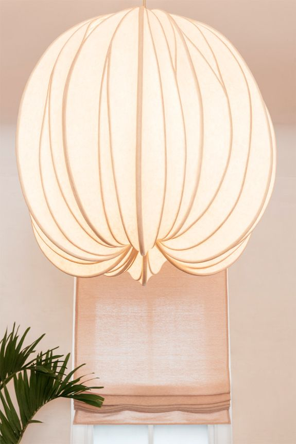 Inside Ulla Johnson S Ny Haven Lamp Design Interior Lighting Lamp