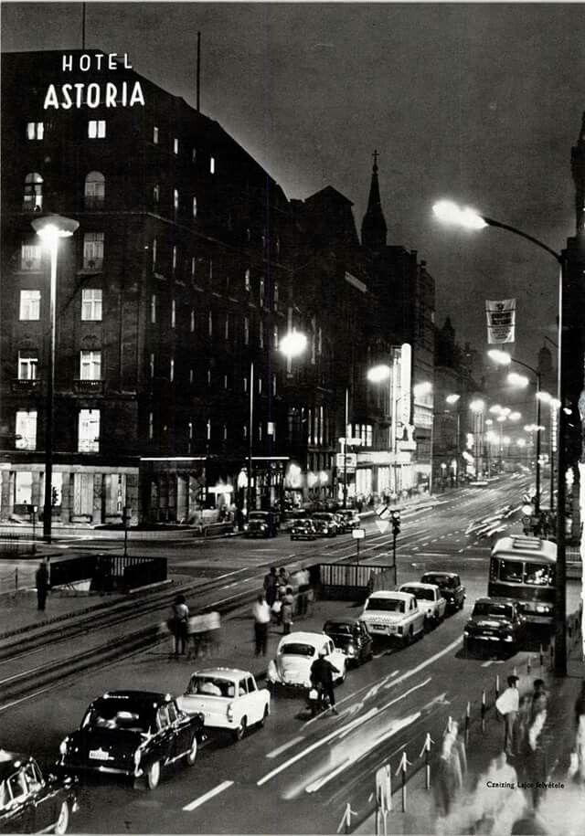 1971. Az Astoria este.