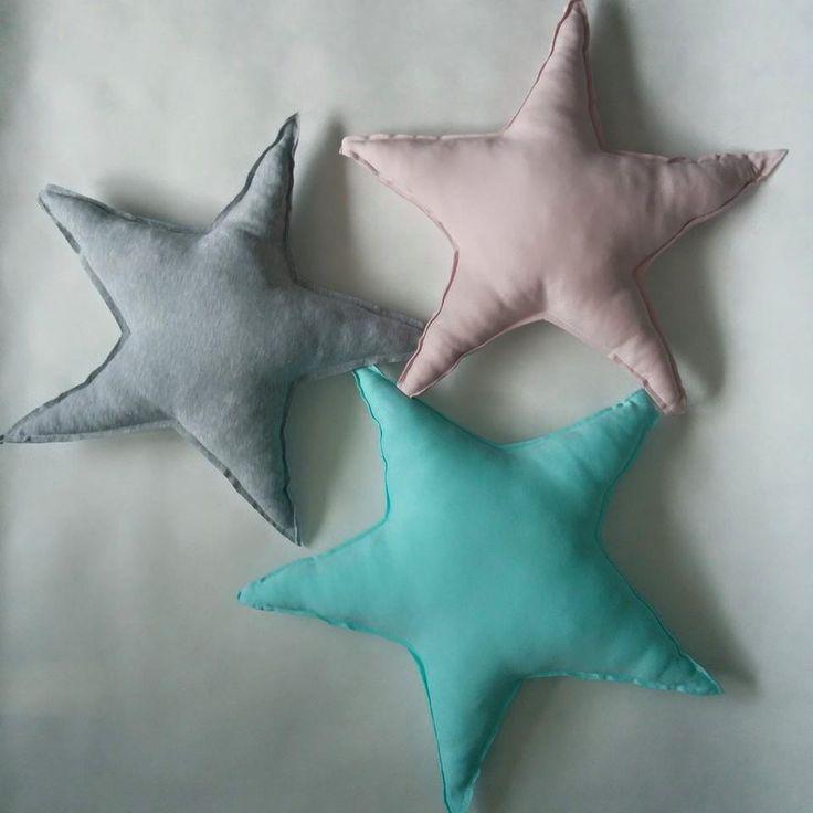 Poduszki gwiazdy / star pillows https://www.facebook.com/oliviaigosia