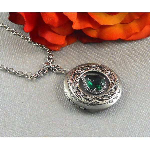 Victorian Emerald Locket Antique Silver Locket Rhinestone Vintage... ($28) ❤ liked on Polyvore featuring jewelry, necklaces, emerald green necklace, pendant necklaces, engraved locket necklace, vintage rhinestone necklace and vintage long necklace