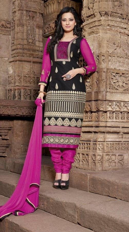 #Magneta & Black #Cotton #Salwar #Kameez With A Chiffon Dupatta #EID #EIDcollection @mokshafashions