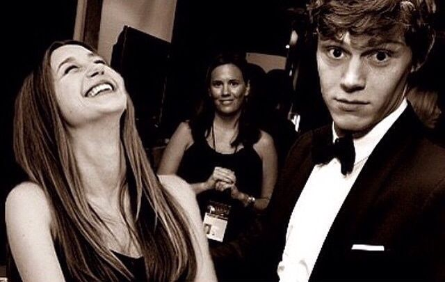 ★ Taissa Farminga and Evan Peters ★I wish they were a couple in RL