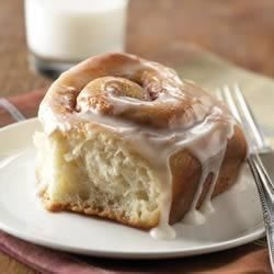 CLASSIC CINNAMON ROLLS (with added mashed potatoes). Light, fluffy, delicious and melt in mouth