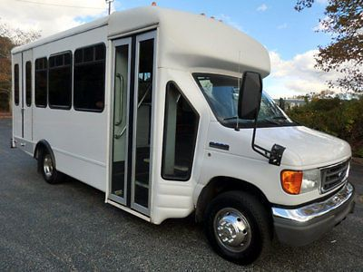 2006 Ford E450 Non CDL Wheelchair Shuttle Bus For Church School Adults Seniors Mobility / Handicapped