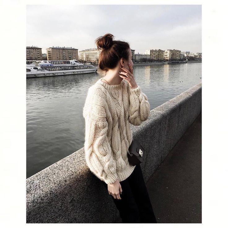 318 отметок «Нравится», 9 комментариев — MIRSTORES (@mirstores) в Instagram: «Шерстяные свитера ручной вязки MIRSTORES со скидкой до конца недели. Торопитесь! Цвет недели -…»
