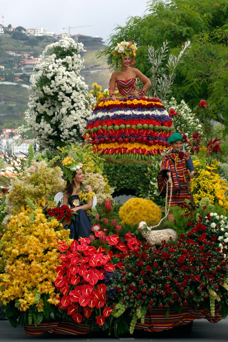 Beautiful flowers make a beautiful Flower Festival !!  Hugo Reis Photography's © #madeira #portugal